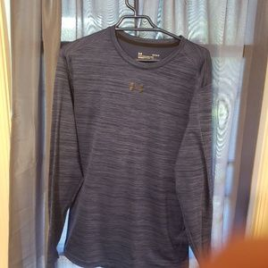 Under Armour long sleeve fitted